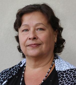 Eliana Lobo Headshot