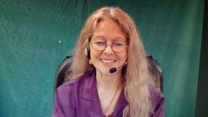 Featured Interpreter: Robin Byers-Pierce, CSC, BEI IV, Court-Certified, VRI Manager at Bromberg